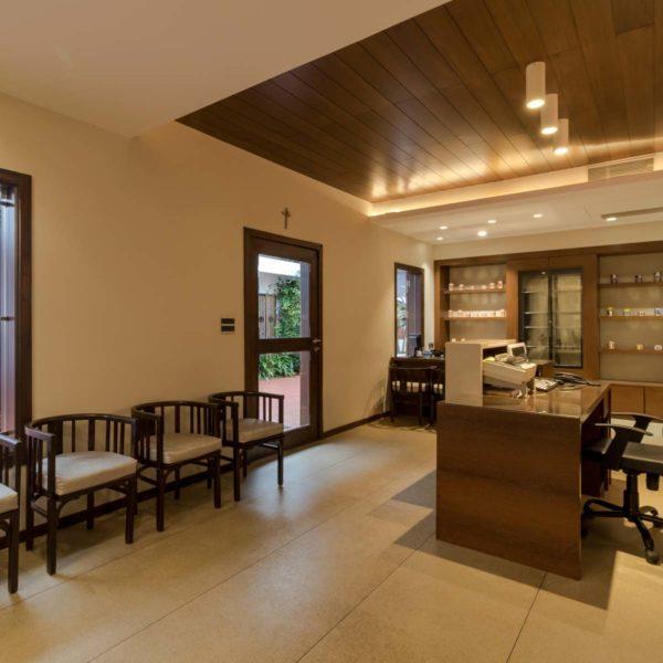 Costas Office